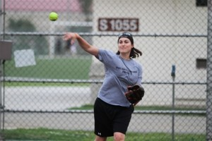 support our troops us army 1st lt throws softball