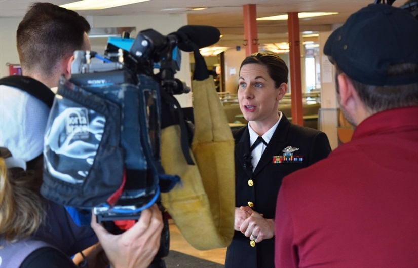 Meet your Military: Navy Nurse Saves Man's Life on Ferry Trip