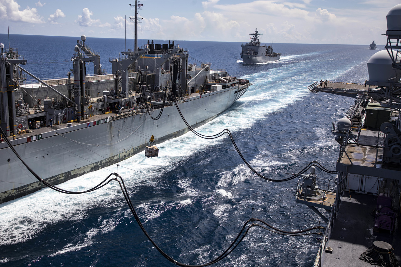 Supplies are delivered to the amphibious assault ship USS Kearsarge as part of a replenishment at sea during an exercise in the Atlantic Ocean, Aug. 30, 2018. Photo By: Marine Corps Cpl. Aaron Henson